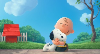 snoopy-charlie-brown-hug