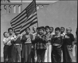 san_francisco_california-_flag_of_allegiance_pledge_at_raphael_weill_public_school_geary_and_buch_-_-_-_-_nara_-_536053