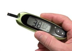 iStock_Low-Blood-Sugar-on-Glucometer-800x565