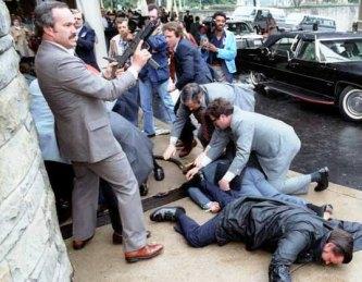 Reagan_assassination_attempt_4_crop