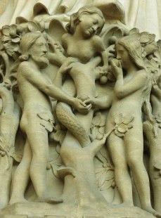 1280px-Notre-Dame_de_Paris_-_Portail_du_Jugement_dernier_-_détail_01