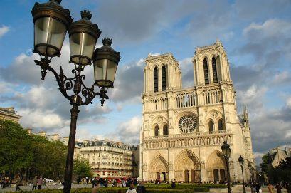 1280px-Notre_Dame_de_Paris