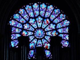 1280px-Paris_Cathédrale_Notre-Dame_Innen_Westliche_Rosette_3