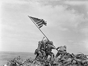 300px-Raising_the_Flag_on_Iwo_Jima,_larger_-_edit1