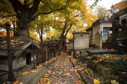 pere-lachaise-cemetery-paris-france-featured