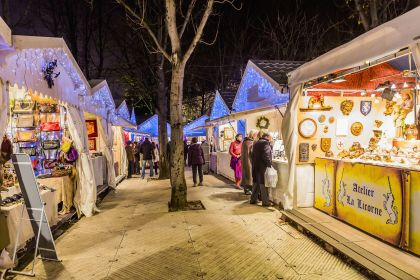champs-christmasmarket-maremagnum-photolibrary-gettyimages-56a404ac3df78cf772805fb4