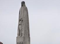 statue-sainte-genevieve-paris