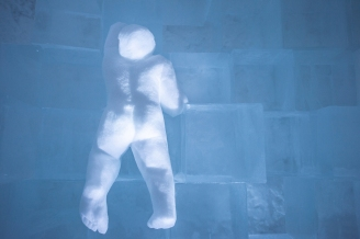art-suite-detail-out-of-the-box-icehotel-365