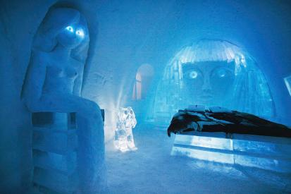 carvings-in-ice-hotel-jukkasjarvi-johnathan-ampersand-esper
